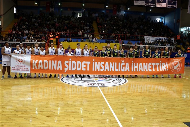 Hatay Büyükşehir Belediyespor, evinde Fenerbahçe'yi 72-67 yendi