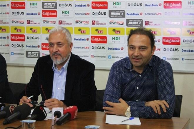 Fuat Çapa: 'Mevcut oyuncularımızın maaşını ödemiyoruz'