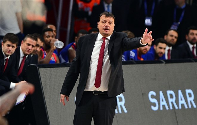 """Ergin Ataman: """"Amacımız kalan 3 maçın 2'sini kazanmak"""""""