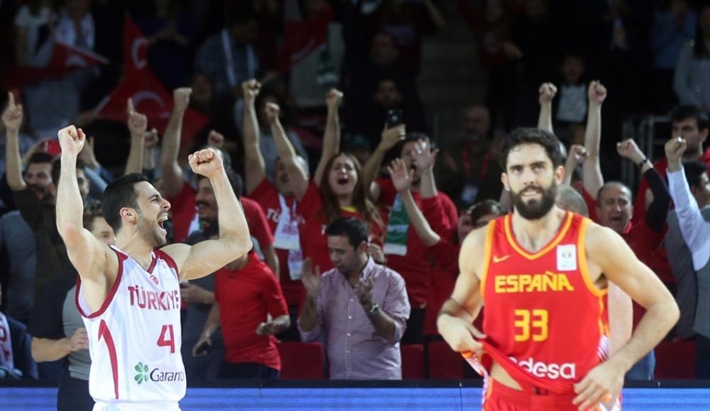 2019 FIBA Dünya Kupası Avrupa Elemeleri 2. Tur I Grubu'nda Türkiye, İspanya'yı 71-67 mağlup etti