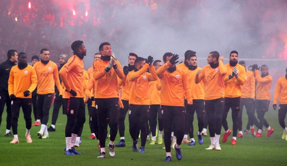 Galatasaray'da altyapıdan 7 oyuncu