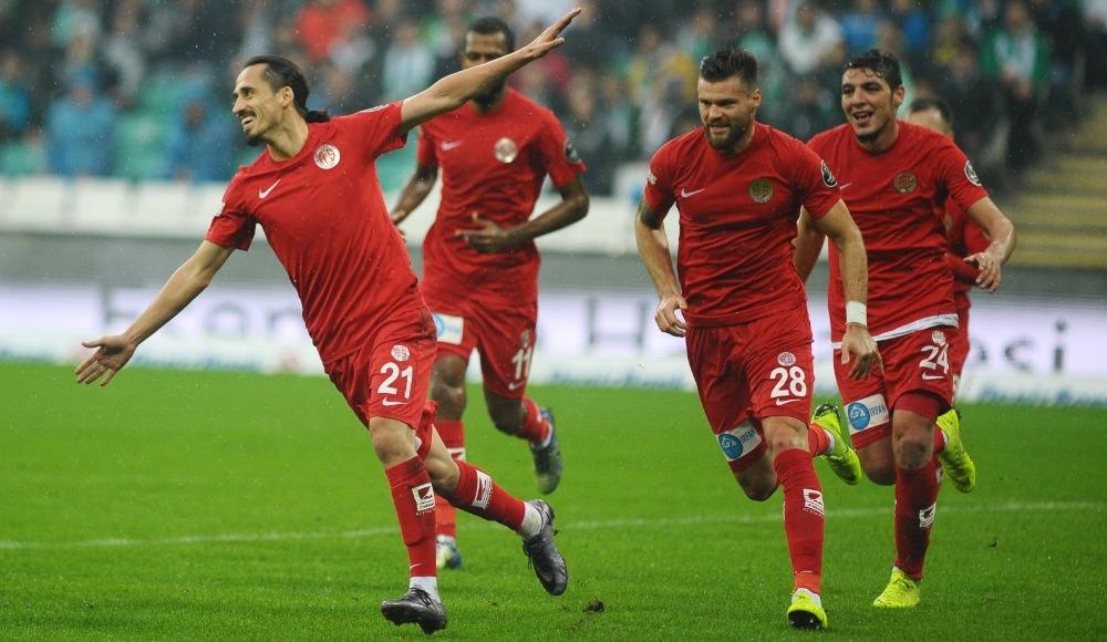 Ondrej Celutska (Antalyaspor)