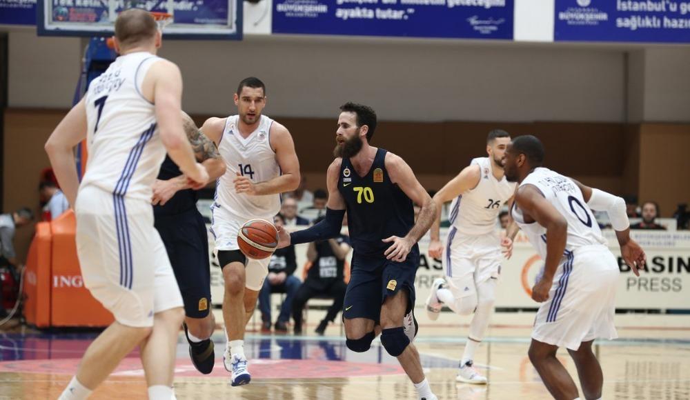Fenerbahçe ligde kayıpsız ilerliyor