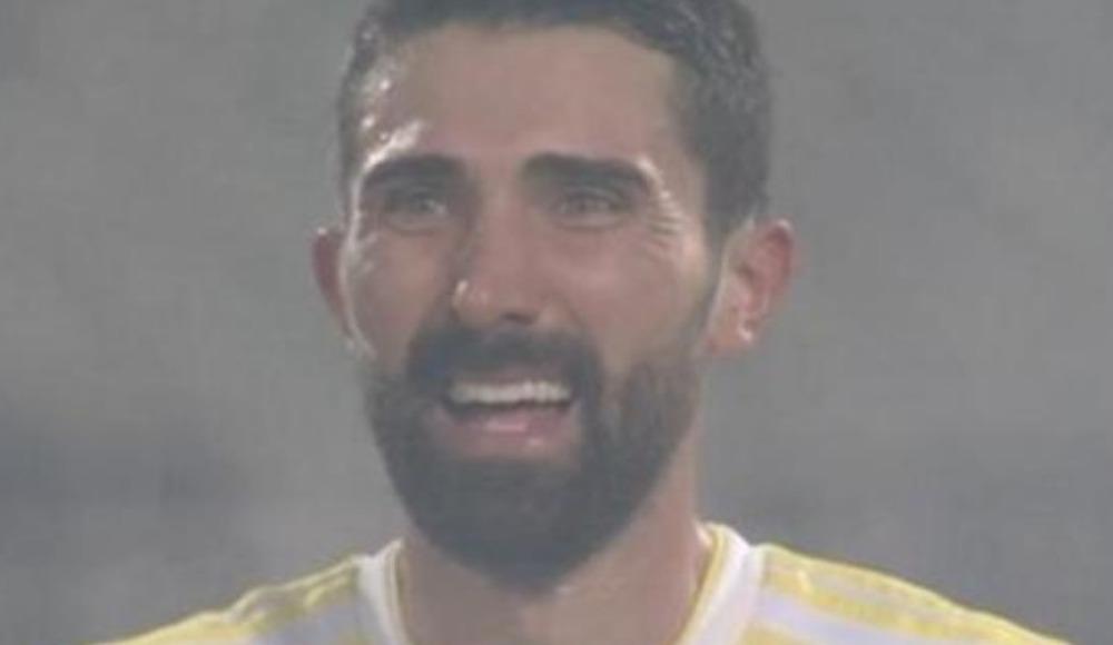 Hasan Ali Kaldırım gözyaşlarına hakim olamadı!