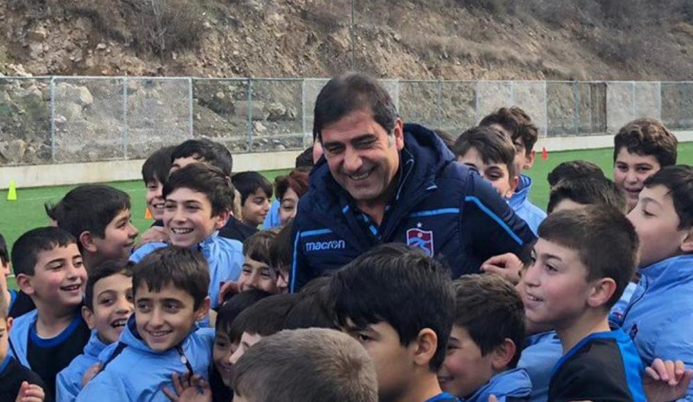 Ünal Karaman Trabzonspor Futbol Okulu açılışına katıldı