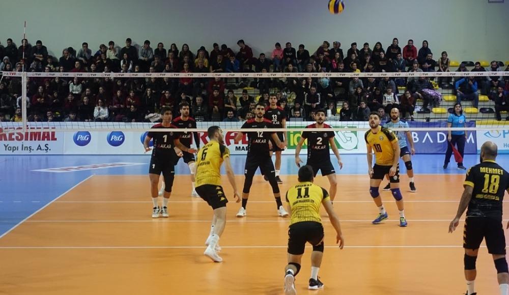 Arhavi Belediyespor, konuk ettiği Jeopark Kula Belediyespor'u 3-0 yendi