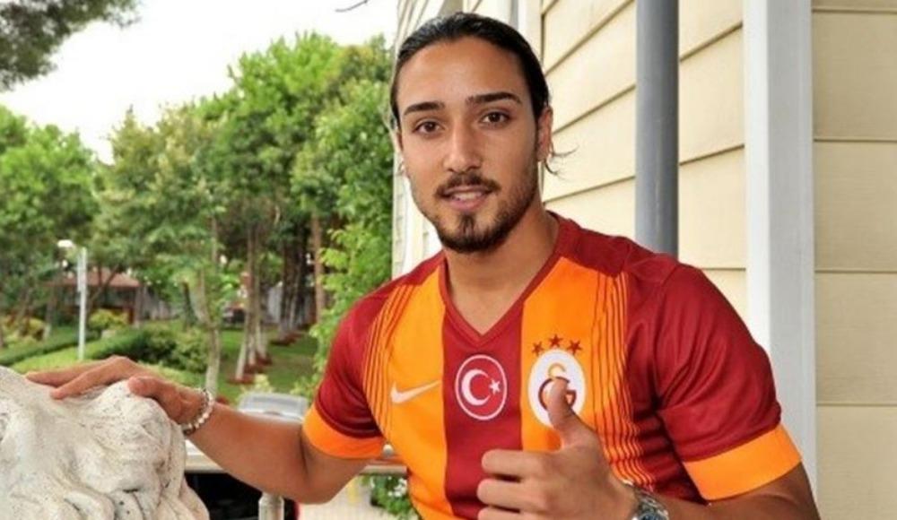 Galatasaray'da futbolculardan Tarık Çamdal isyanı!