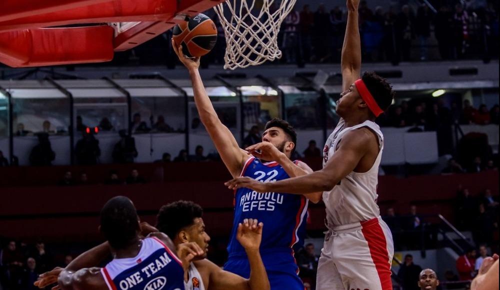 Anadolu Efes deplasmanda Olympiakos'a 88-81 mağlup oldu