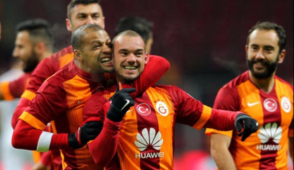 Galatasaray'da Sneijder ve Melo kararı! Transfer edilecekler mi?