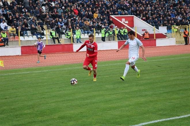 Kahramanmaraşspor, kendi sahasında Pendikspor'a 2-1 mağlup oldu