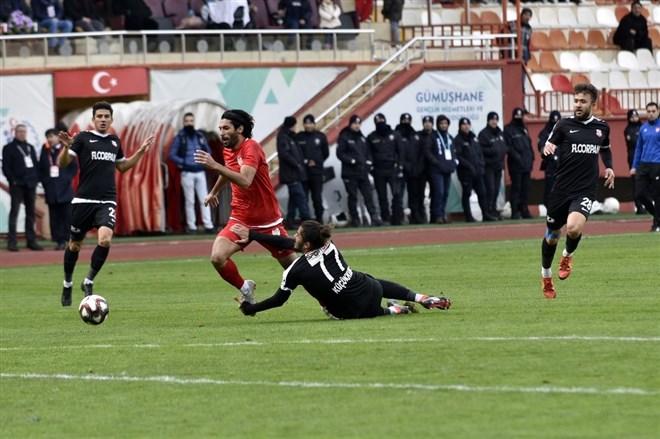 Gümüşhanespor, evinde Kastamonuspor 1966 takımına 2-1 mağlup oldu