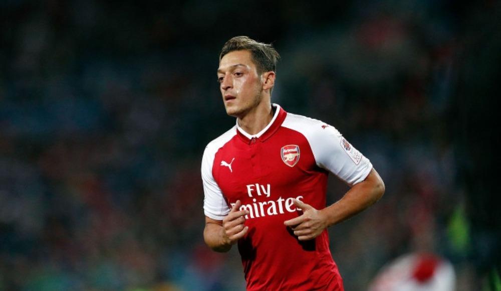 10-) Mesut Özil 19 milyon €