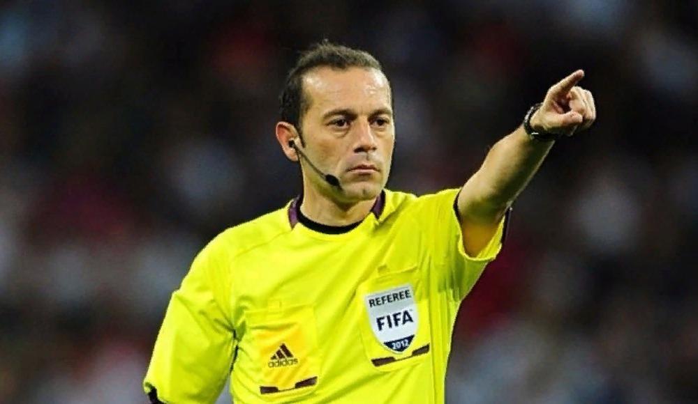 UEFA, dev maça Cüneyt Çakır'ı atadı