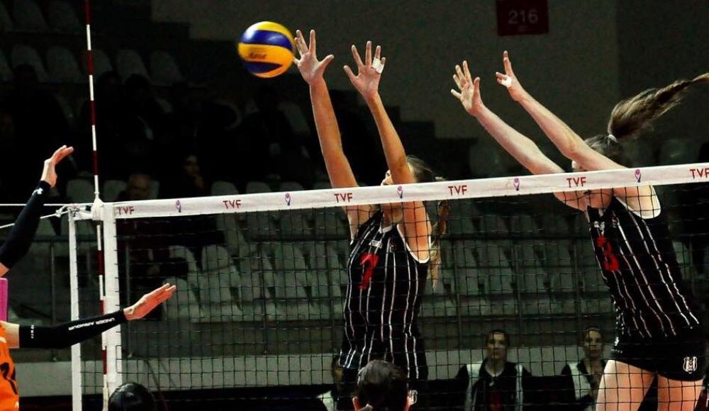Eczacıbaşı VitrA, Beşiktaş'ı 3-0 yendi