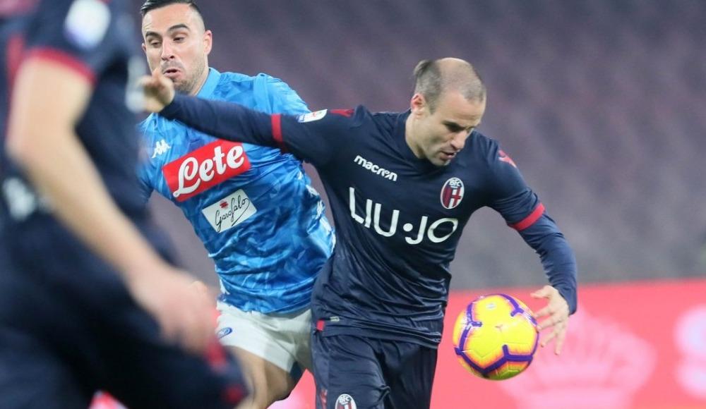 Napoli son dakika golüyle kazandı