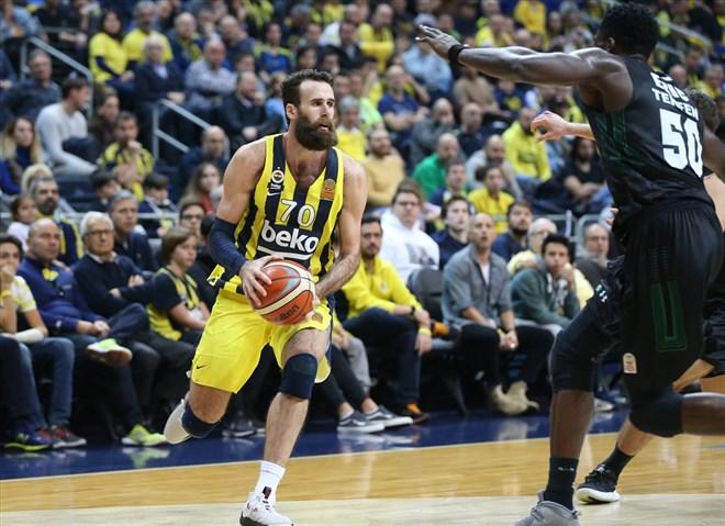 Fenerbahçe Beko, Darüşşafaka Tekfen'i farklı geçti