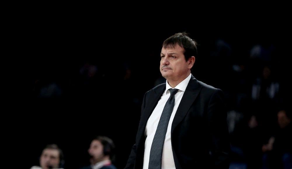"""Ergin Ataman: """"Önceliğimiz dörtlü final değil, play-off'a kalmak"""""""