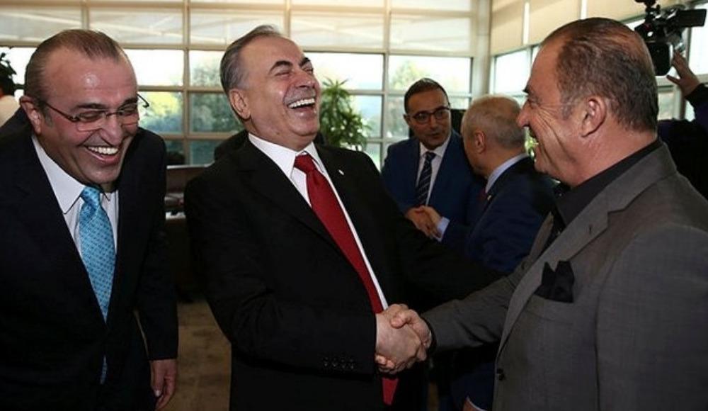 Galatasaray'da transfer zirvesi! Bir araya geldiler...