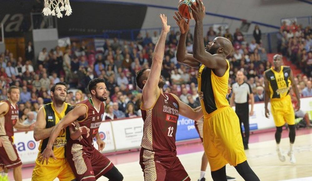 Gaziantep Basketbol'da Delroy James'le yollar ayrıldı