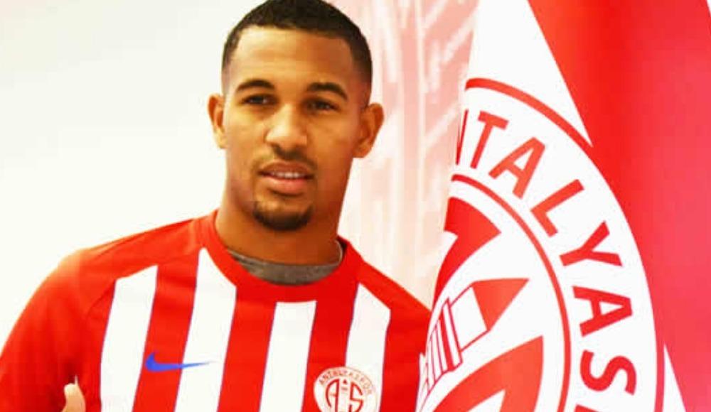 Antalyaspor'dan transfer ve Vainqueur açıklaması