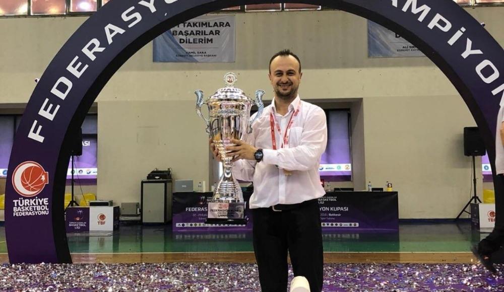 Elazığ İl Özel İdarespor'da Hakan Acer takımdan ayrıldı