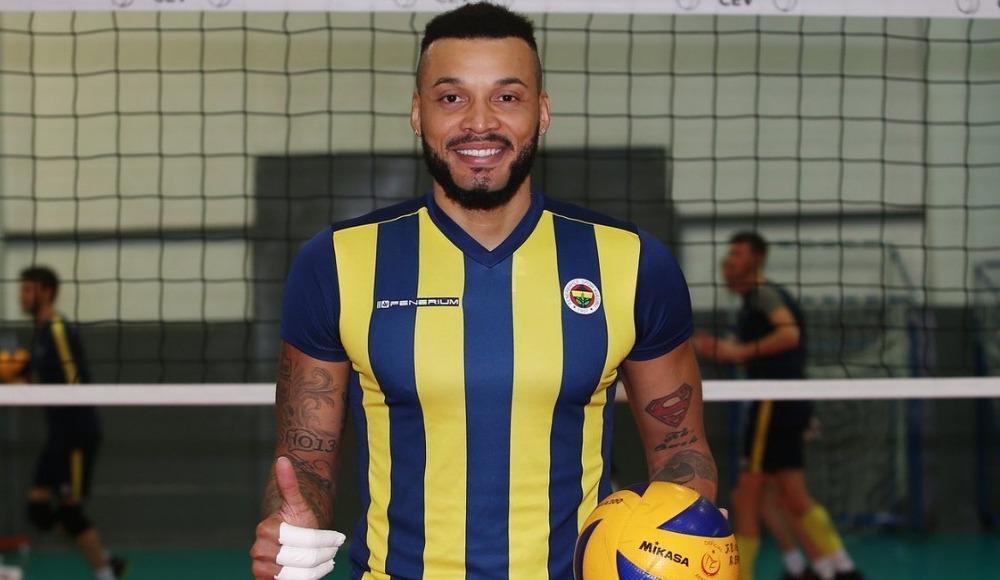 Fenerbahçe, Salvador Hidalgo Oliva'yı kadrosuna dahil etti