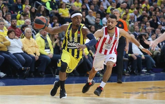 Fenerbahçe ile Darüşşafaka güldü, Anadolu Efes üzüldü!