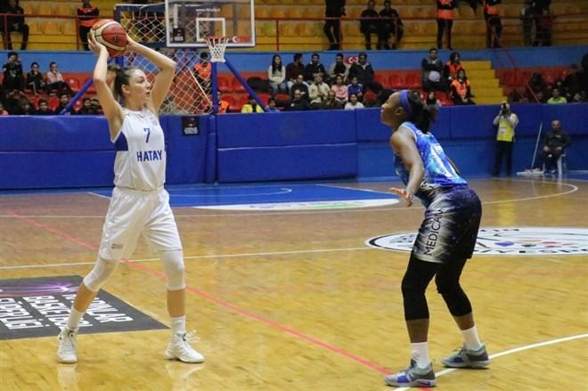 Hatay Büyükşehir Belediyespor, Canik Belediye'yi 104-69 mağlup etti
