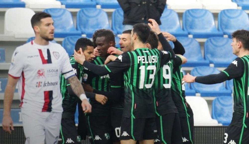 Sassuolo, sahasında Cagliari'yi 3-0 mağlup etti