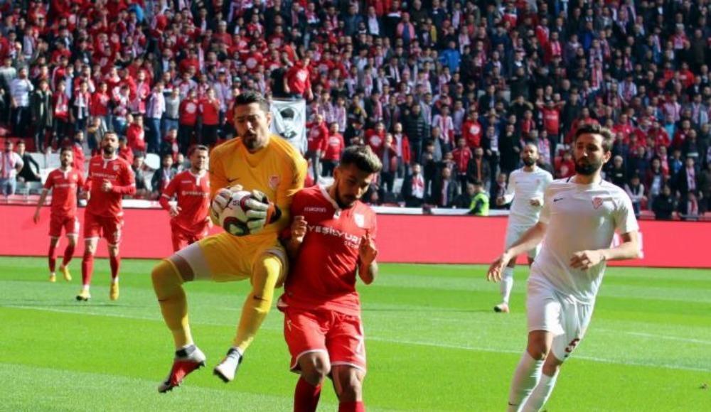 Samsunspor evinde Gümüşhanespor'u 2-1 yendi