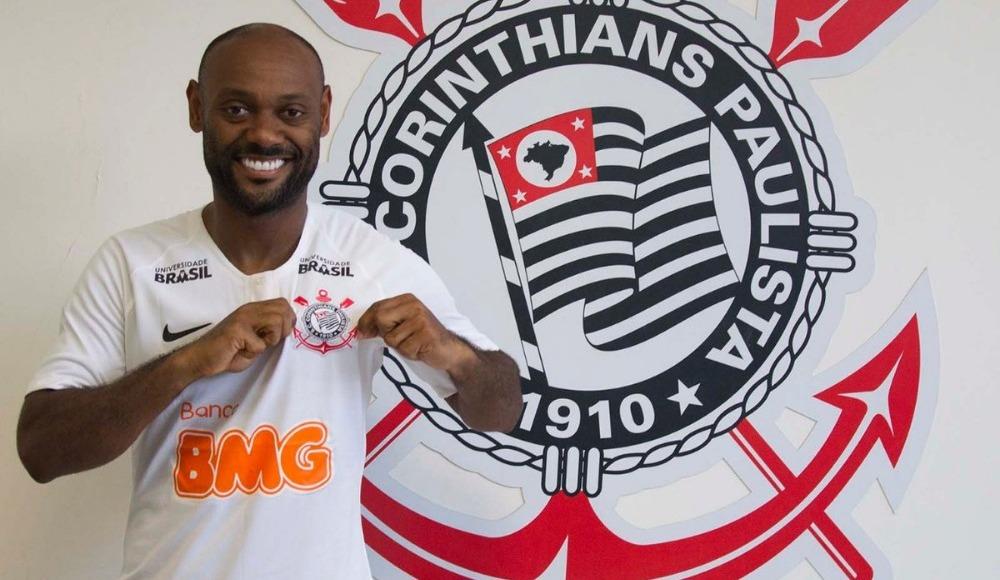 Vagner Love, Corinthians formasını giydi