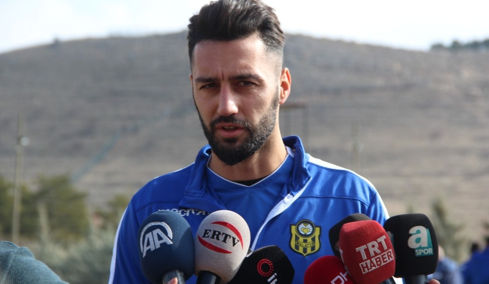 E.Yeni Malatyaspor'da Akbaş ve Bifouma'nın açıklamaları