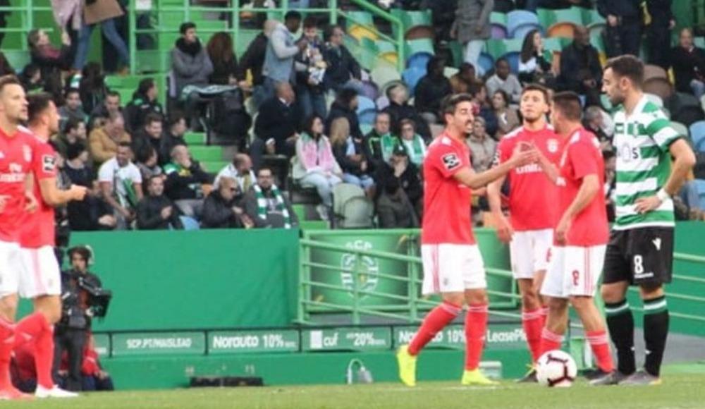Benfica, Sporting Lizbon'u deplasmanda farklı geçti! 2-4