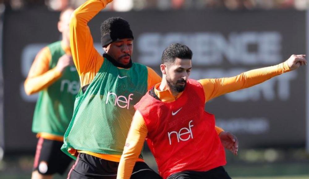Galatasaray'da Emre Akbaba ve Nagatomo sevinci