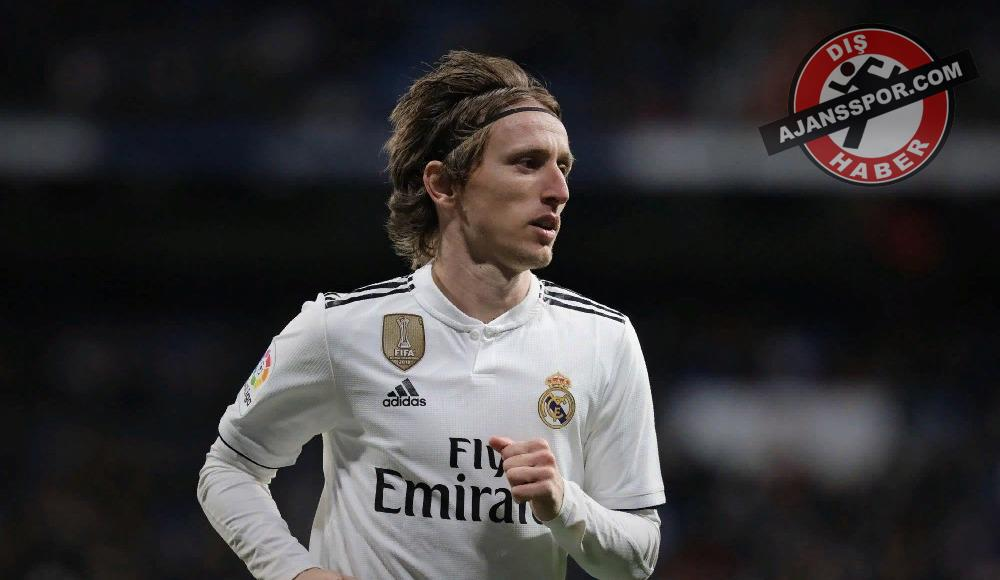Luka Modric'in Real Madrid kararı! Kalacak mı?