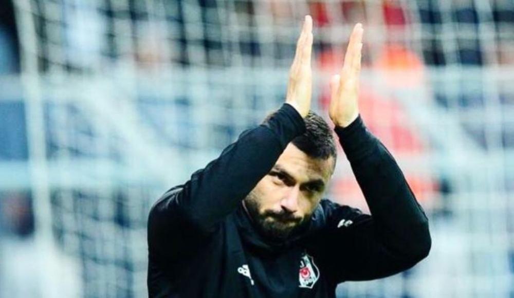 Beşiktaş taraftarı Burak Yılmaz ile barıştı!