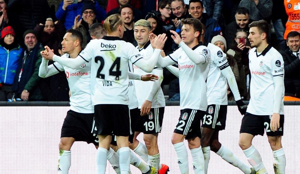 Beşiktaş'ın Malatya kafilesi belli oldu! Quaresma...