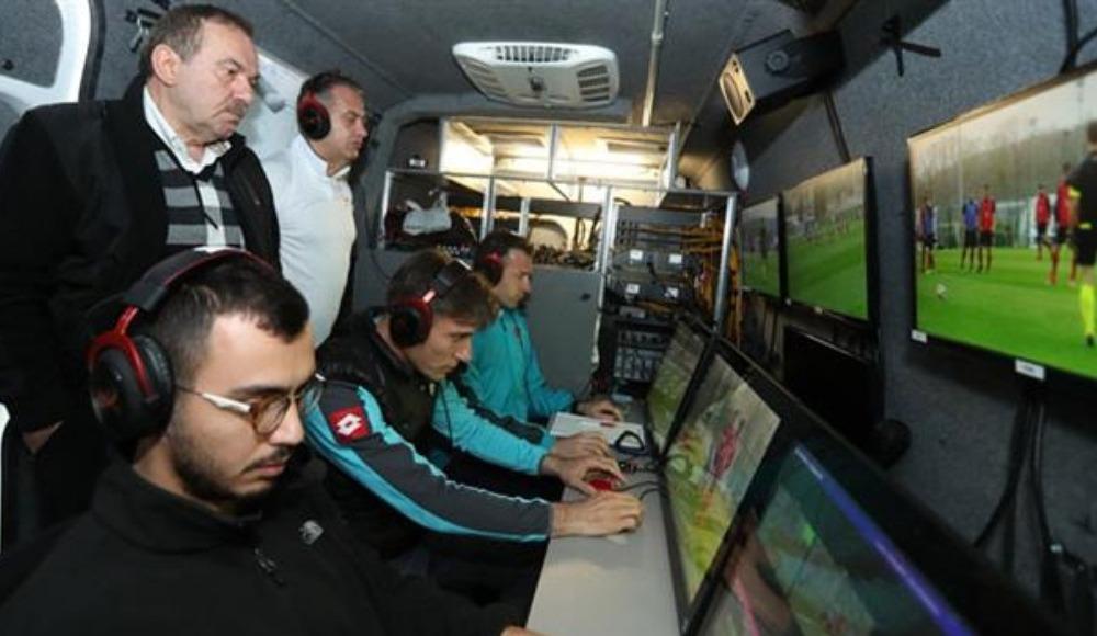 Galatasaray - Trabzonspor maçının VAR hakemi açıklandı!