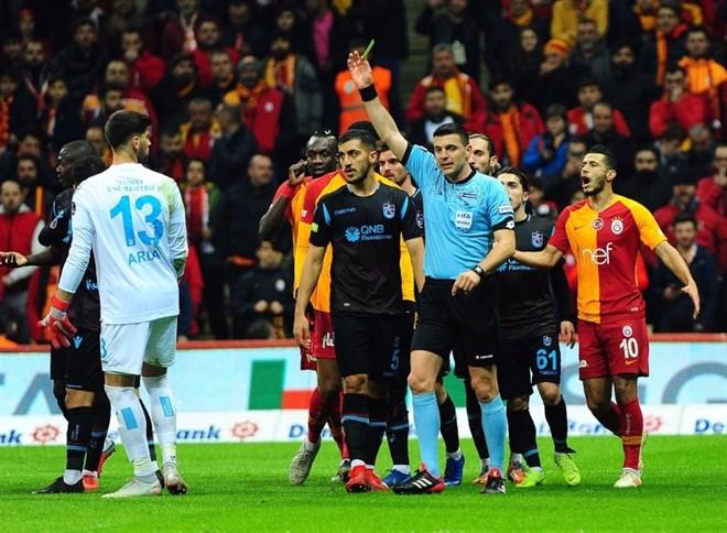 Olaylı maçın ardından Öztürk'e görev