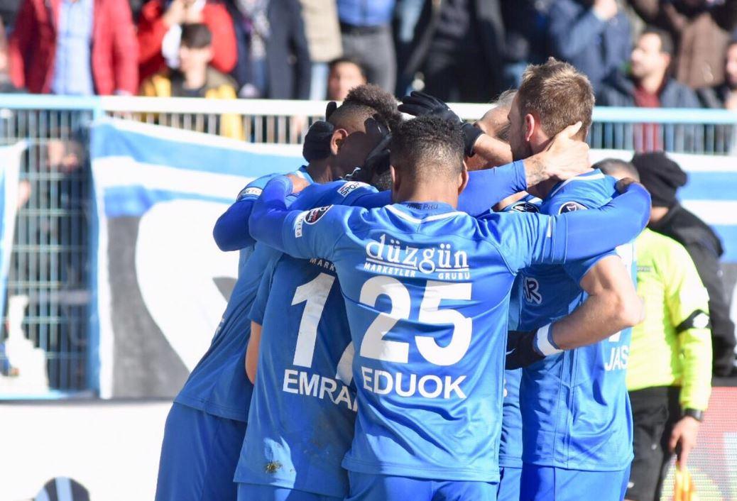 """""""Sivasspor galibiyeti moralimizi yükseltti"""""""