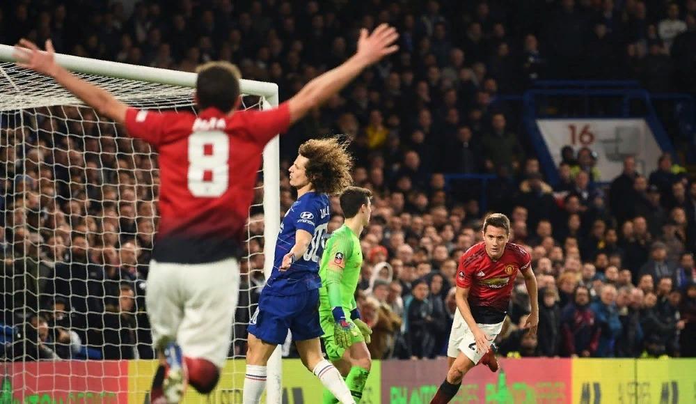 Manchester United'dan kupada Chelsea'ye geçit yok!