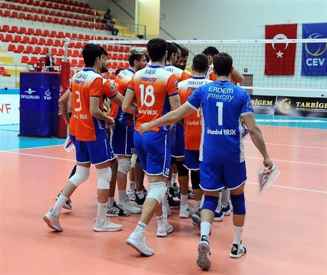 İstanbul BBSK, ONICO Varşova'ya 3-2 mağlup oldu