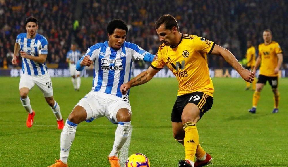 Huddersfield 14 maç sonra kazandı!