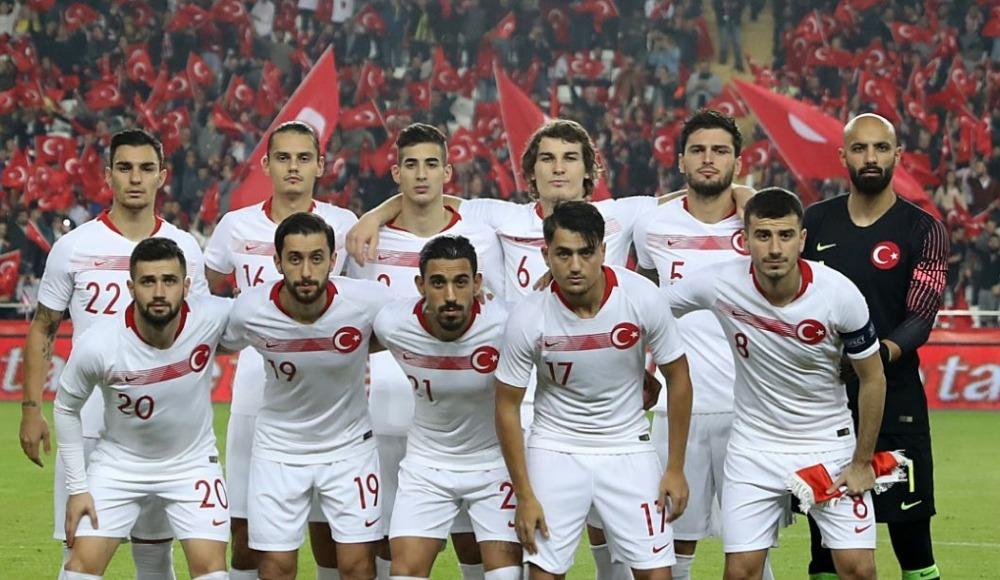 Şenol Güneş, Arnavutluk ve Moldova maçlarında sahaya çıkacak mı? İşte yanıtı...