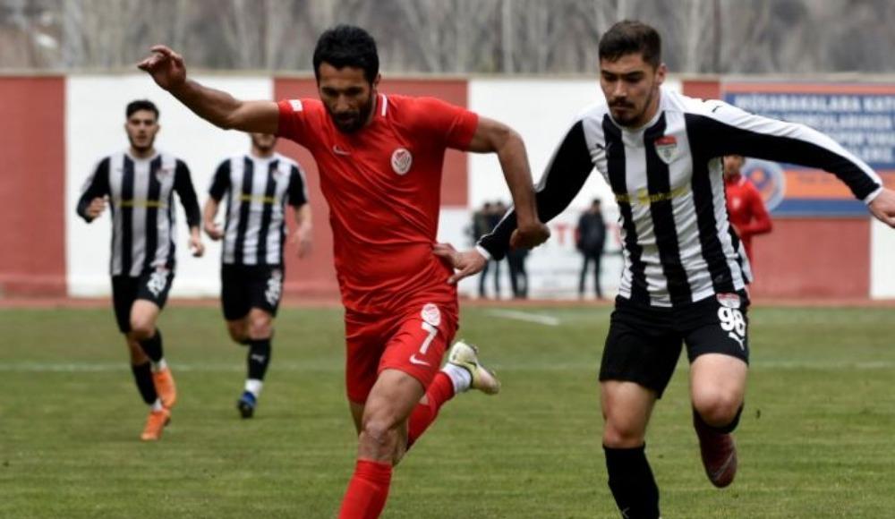 Gümüşhanespor evinde Manisaspor'a patladı: 4-0