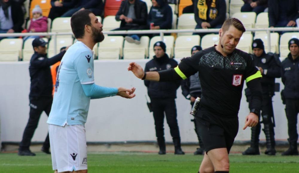 Yeni Malatyaspor - Başakşehir maçında VAR bozuldu