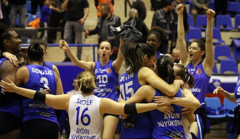 Aydın Büyükşehir Belediyespor Kadın Voleybol Takımı finale yükseldi