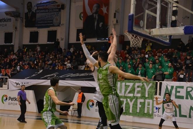 Petkim Spor, evinde ağırladığı Mamak Belediye'yi yendi