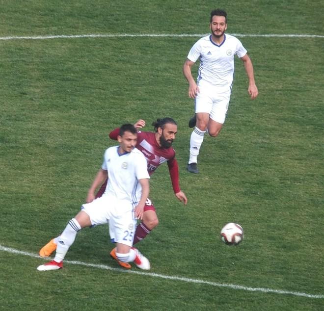 Bandırmaspor, sahasında Tarsus İdman Yurdu'nu 1-0 mağlup etti