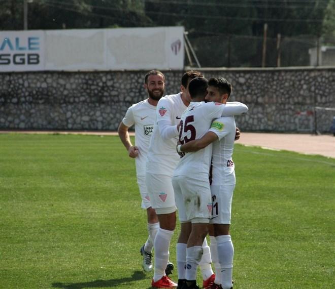 İnegölspor sahasındaki Hacettepe'yi 2-0 mağlup etti